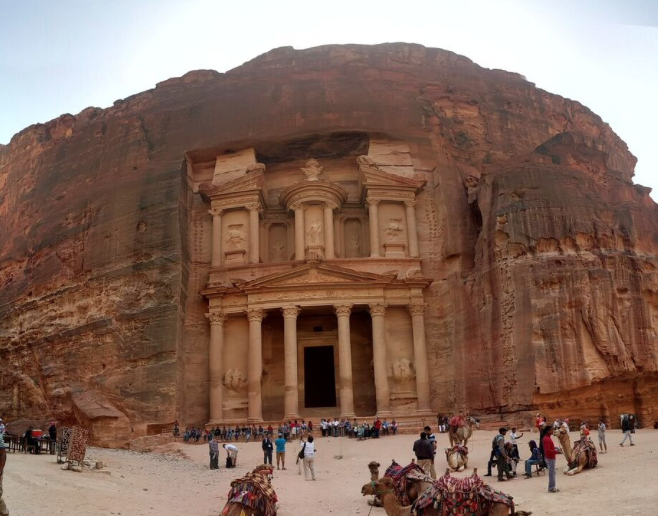 Amazing picture of Petra